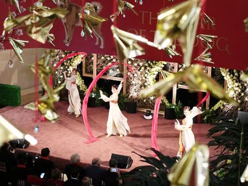 dancers LNY