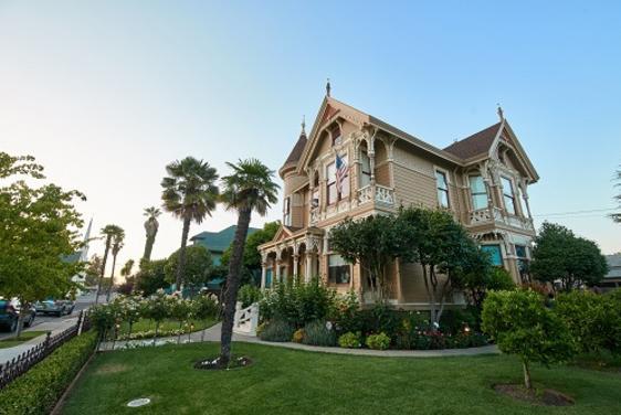 Afternoon Sunday Tea At The Historic Ackerman Heritage House | Napa, CA  94559