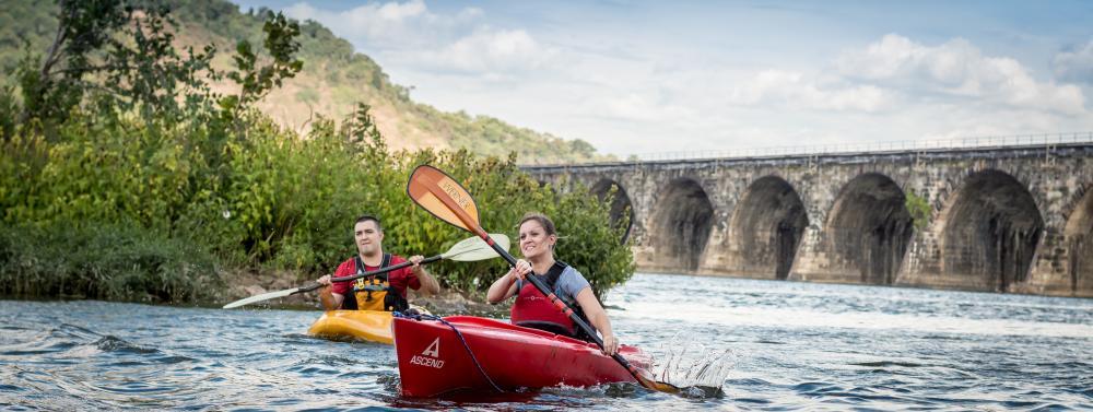 kayaking-harrisburg-susquehanna-river-rockville-bridge-outdoor-adventure