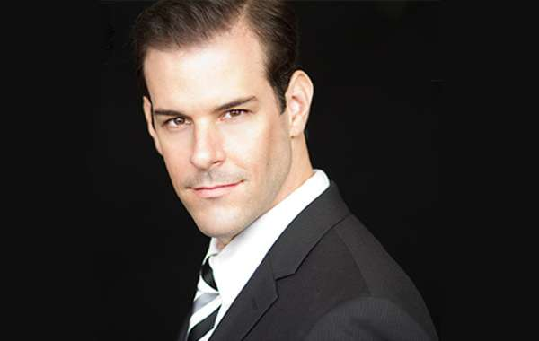 Cabaret Series - Jeremy Stolle