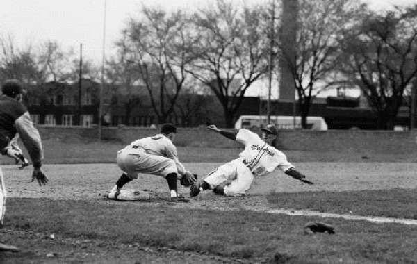 History Sandwiched In: A History of Badger Baseball