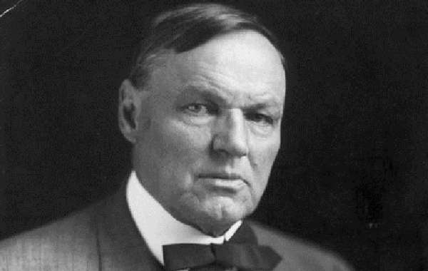 History Sandwiched In: Anarchists, Clarence Darrow, and Justice in a Time of Terror