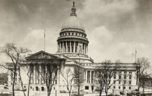 History Sandwiched In: Art of the Capitol, a Beaux Arts Masterpiece