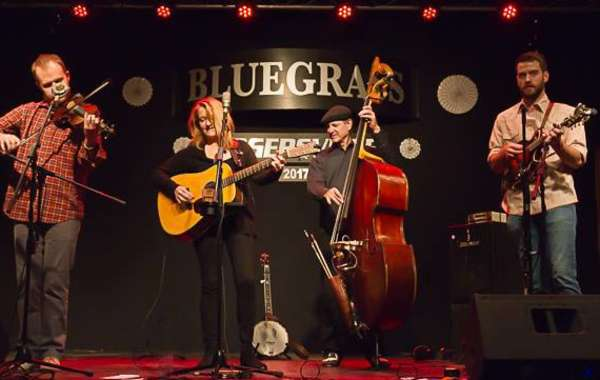 Sugar Maple Concert Series: Claire Lynch