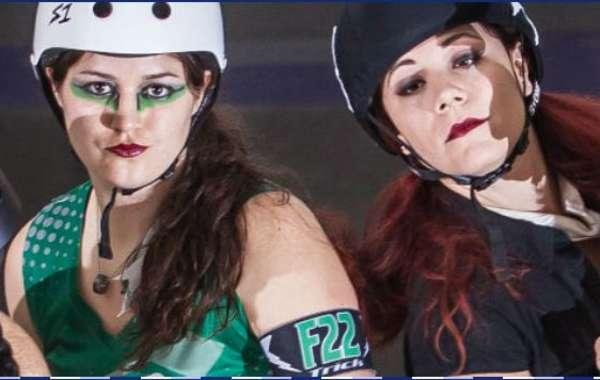 Mad Rollin' Dolls roller derby