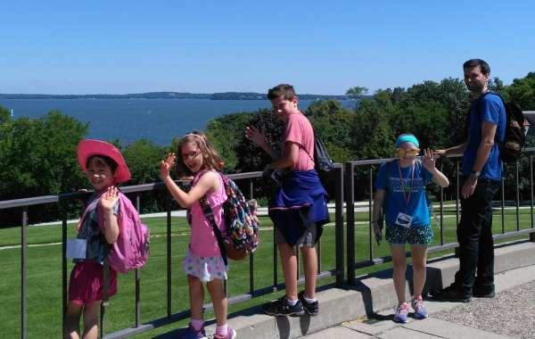 Wonderful Wisconsin Animals Week Long Camp