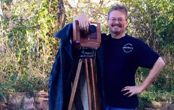 History on State: Wet Plate Photography Demonstration with Dave Rambow