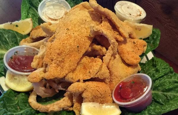 Floyd's Seafood platter in Beaumont Texas