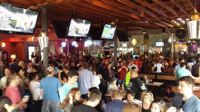 Christian's Tailgate bar and grill