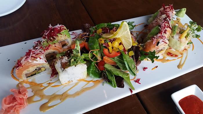 Maru-Sushi-Chef-Roll.jpg