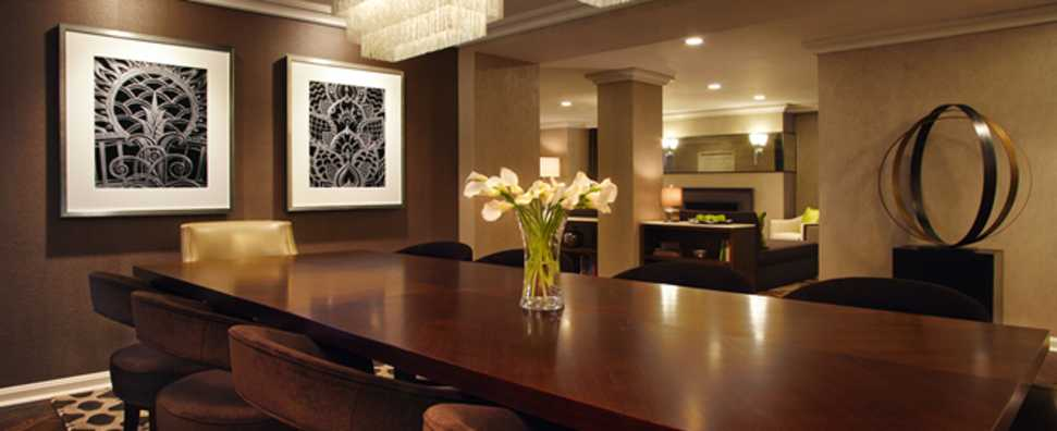 Hilton Chicago, Dusable Suite Dining Room
