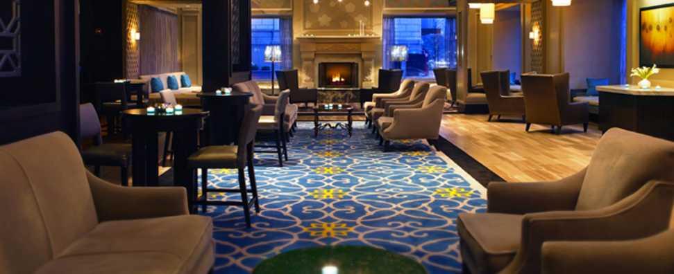Hilton Chicago 720 South Bar