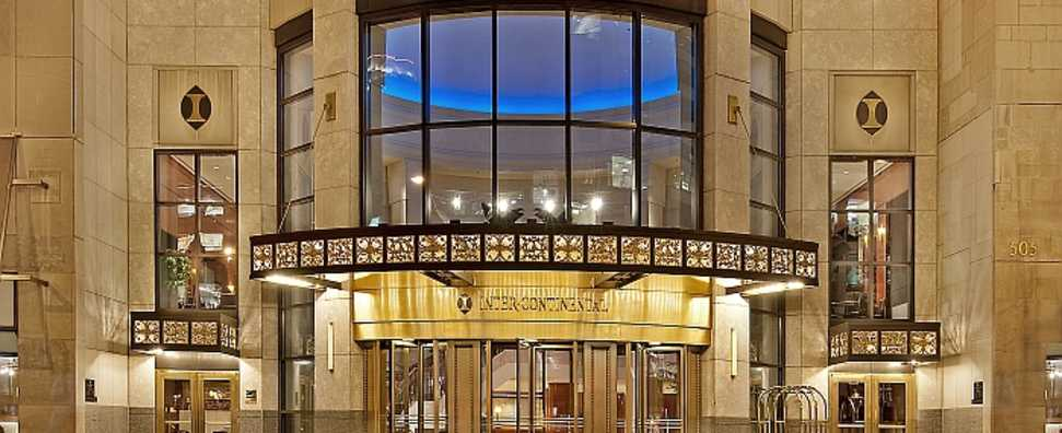 Hotel Front, InterContinental Chicago, Low Res.jpg