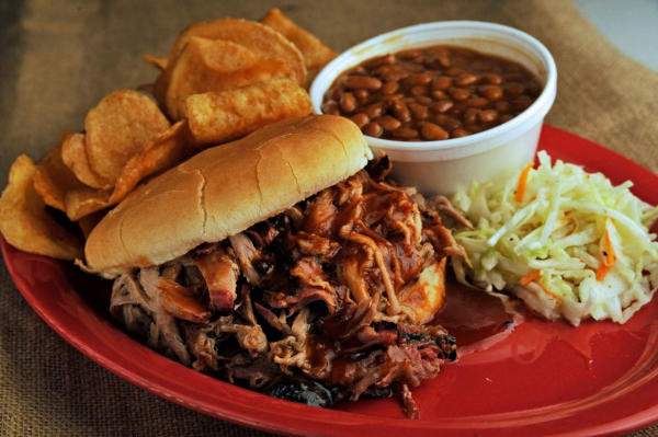 Grilled Linguica Sausage Southern Barbecued Pulled Pork Or Our Shredded Bbq Beef Served With A Homemade Santa Maria Style Tomato Salsa