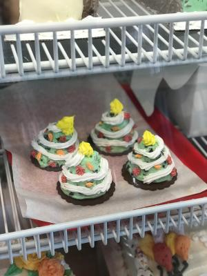 Johnsons Ice Cream Christmas Tree