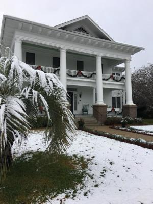 chambers house (snow)