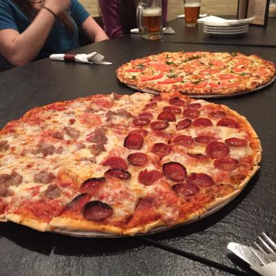 Columbus-Style Pizza