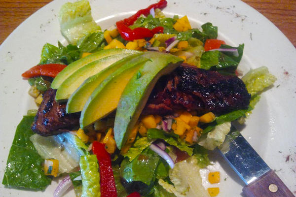 Bellos Salad_600x400