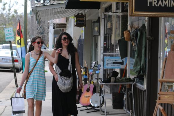 Girls shopping on Columbia Street in Louisiana