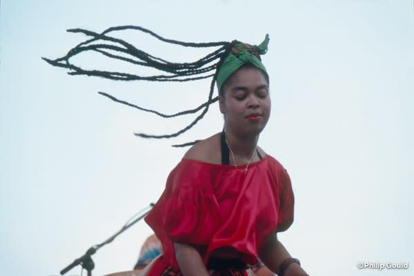 ©Philip Gould 92FEIN00527 Ra Ra Machine Haiti 1992