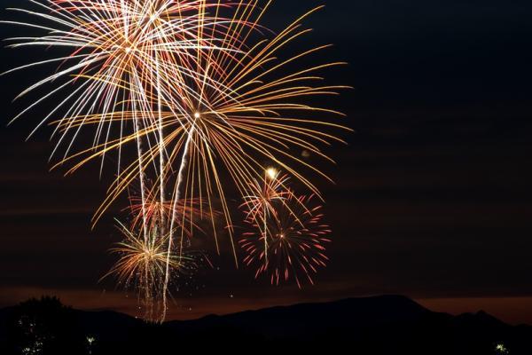 Fireworks at Angle Lake Park