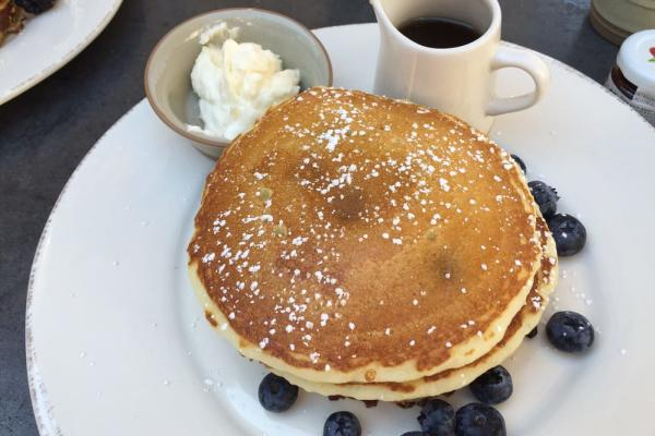 Huntington Beach Watertable Breakfast