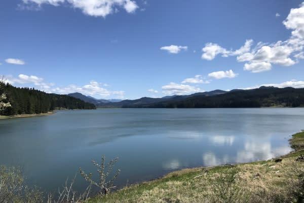 Dorena Reservoir by Taj Morgan