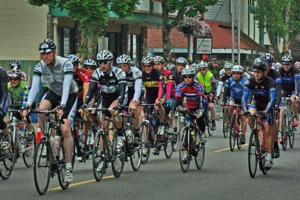 Gran Fondo Cycling in Cottage Grove by Buzz Summers