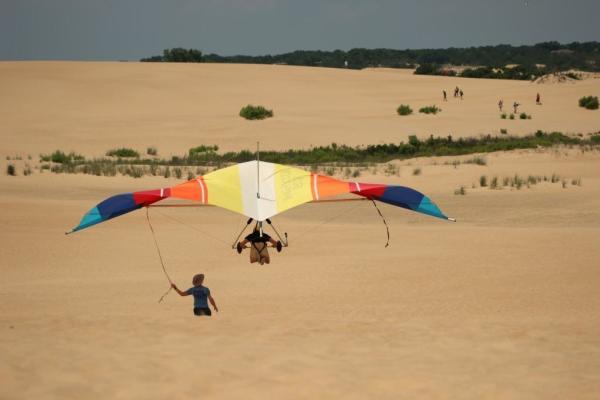 soaring hang gliding