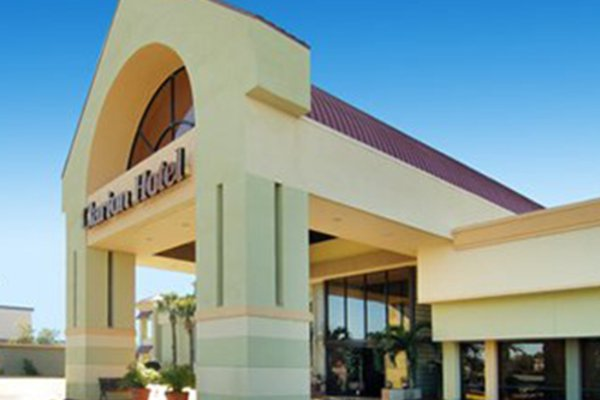 Featured Image Clarion Hotel