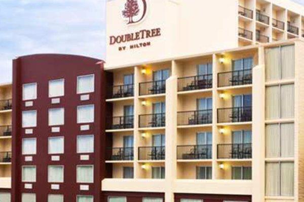 DoubleTree Tampa Airport Westshore Hotel.jpg