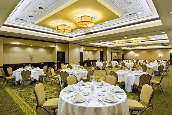Hotel in Tampa Embassy Suites Tampa Brandon Meeting Space.jpg