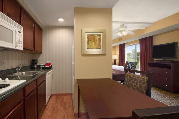 Kitchen Homewood Suites Hotel In Brandon