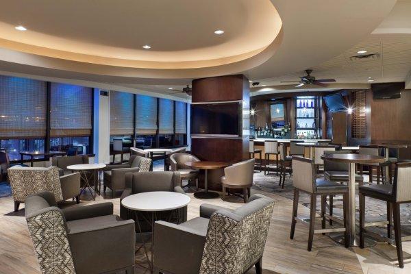 Skyye Lounge