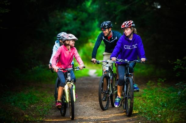 family trail cycling