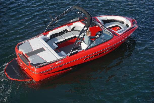 Lake Escapes Red Moomba 1