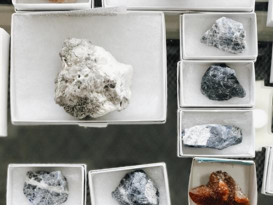 Healing stones > credit AB-Photography.us.