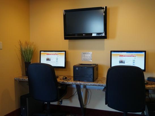 24 Hour Business Center - Print & Fax Capabilities