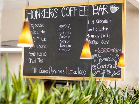 Honkers Coffee Bar | credit olivejuicestudios.com