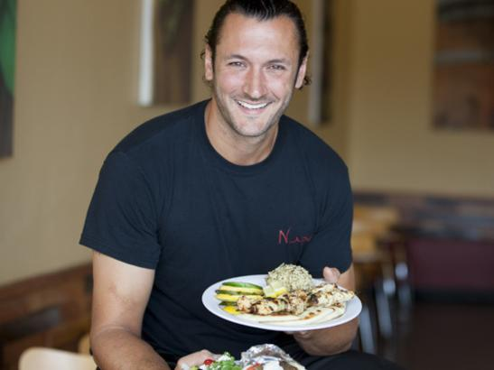 Serving Mediterranean cuisine with lots of vegetables + bold flavors > credit olivejuicestudios.com