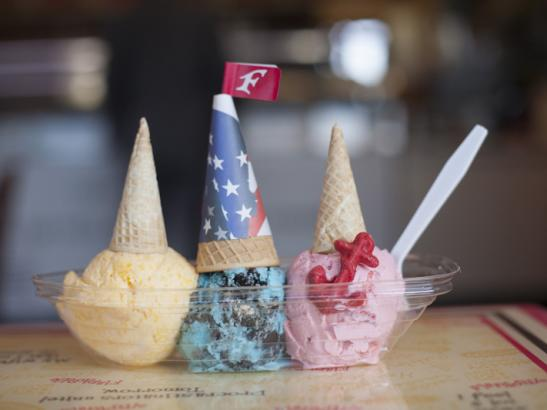 Premium, handmade ice cream served in a fun way | credit olivejuicestudios.com