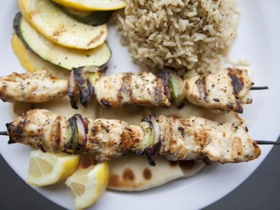 Chicken Kabob Plate > credit olivejuicestudios.com.