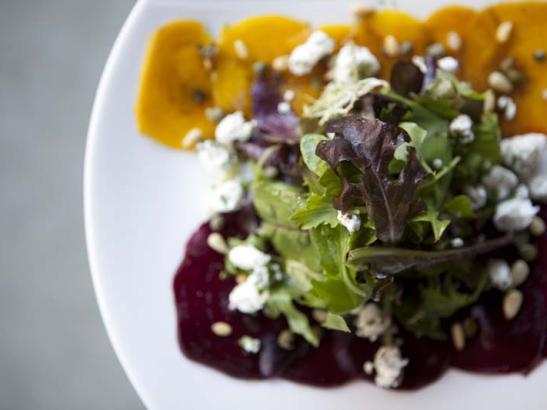 Side salad > credit olivejuicestudios.com.