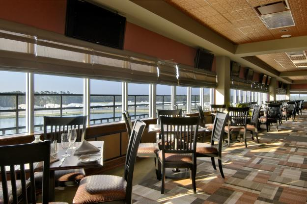 The Lookout Bar & Grill at Delta Downs