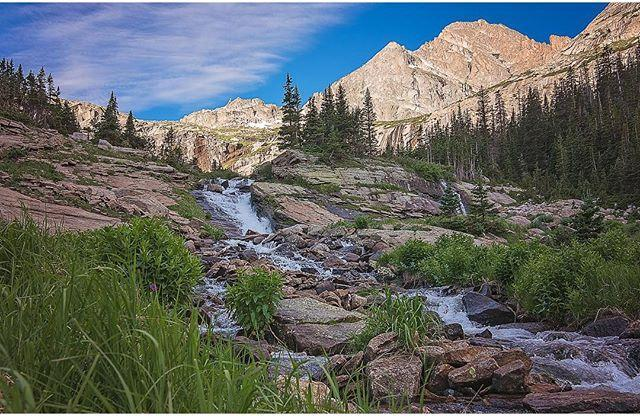 Five incredible waterfall hikes in rocky mountain national park 5 ribbon falls moderatehard although this is a moderate to difficult hike it is well worth it ribbon falls are the outlet of black lake altavistaventures Gallery