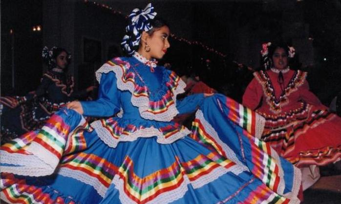 Traditional Mexican Dancers at Las Fiestas Patrias de Houston