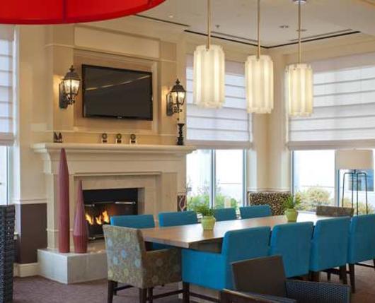 HiltonGardenInnAirport_Lobby02_DiscoverLehighValley