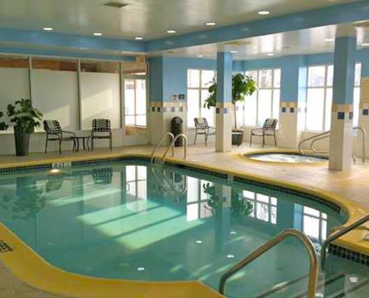 HiltonGardenInnAirport_Pool_DiscoverLehighValley