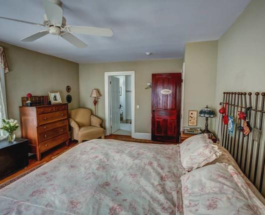 Landhaven_Bedroom01_DiscoverLehighValley
