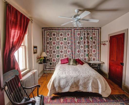 Landhaven_Bedroom02_DiscoverLehighValley